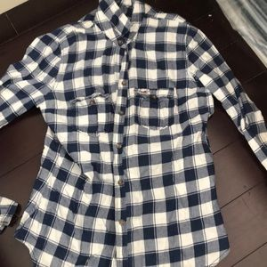 Hollister blue and white checkered flannel